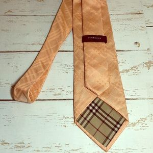 Burberry 💯 Silk Brocade Men's Tie